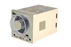 IDEC GE1A-C10HA220 DPDT 0.1MIN - 10HRS
